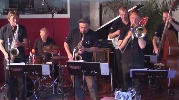 Jazz au caf de france avec harlem rythm band ste maxime - Cafe de france sainte maxime ...